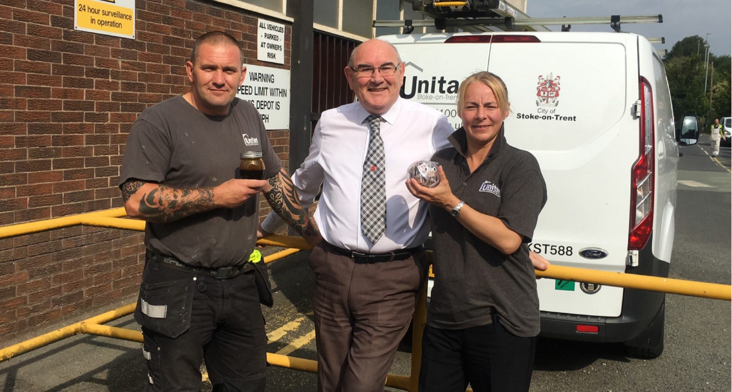 unitas employees kerry and dave with stop smoking counsellor les